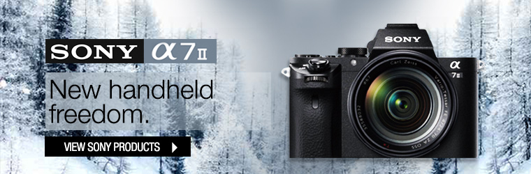 SONY A7ii with lens � New handheld freedom.